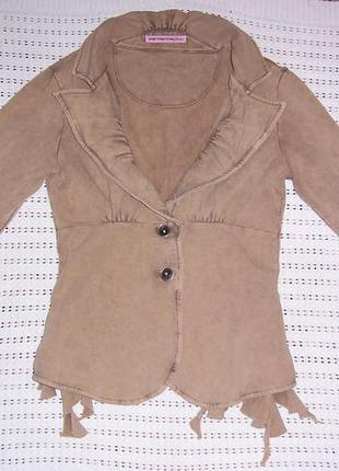Стильнющий пиджак для модницы