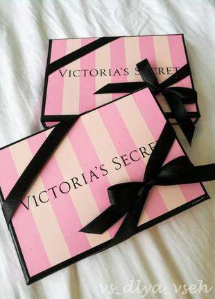 Трусики с кружевом victoria's secret в подарочной упаковке. оригинал. s. victorias secret