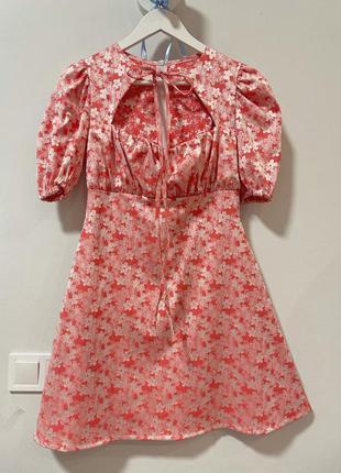 Платье кукольное розовое