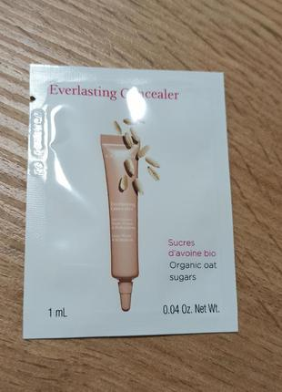 Clarins everlasting concealer консилер для глаз 01 light