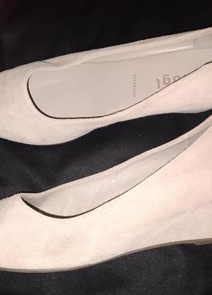 4.5р-24.7 см с носка туфли замша hogl