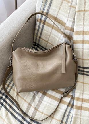 Женская мягкая большая кожаная шкіряна темно-бежевая сумка, италия
