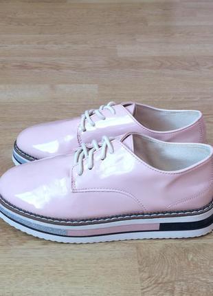 Туфли zara 34 размера в состоянии новых