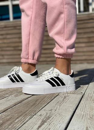 Женские кожаные кроссовки adidas sambarose w white белые samba кеды