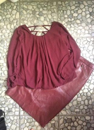 Эффектная, стильная, деловая блузка, пышная, с переплетениями на спине. р. xs, s.
