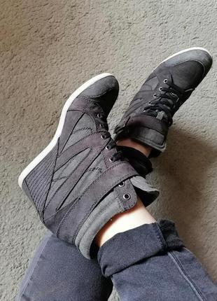 Классные ботинки сникерсы германия graceland, в идеале, качество