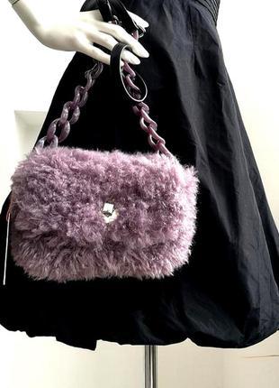 Фирменная сиреневая лавановая лиловая меховая сумка