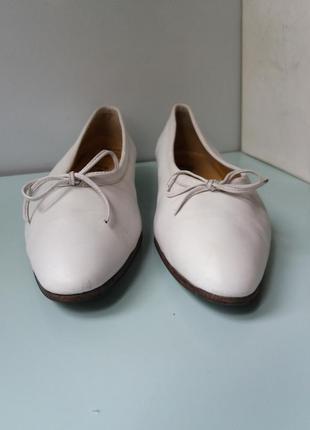 Туфли натуральная кожа низкий каблук