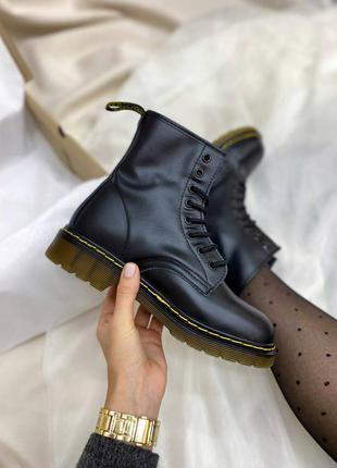 Ботинки dr. martens 1460 black logo
