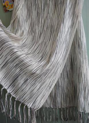 Палантин, платок, большой шарф красивой расцветки