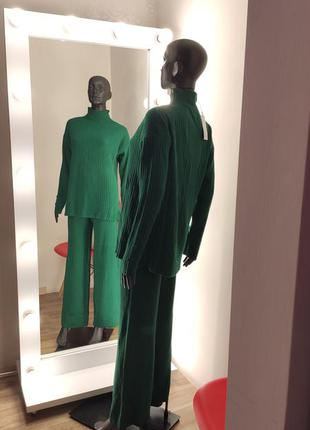 Зелёный изумрудный мягкий тёплый костюм в рубчик лапша💚
