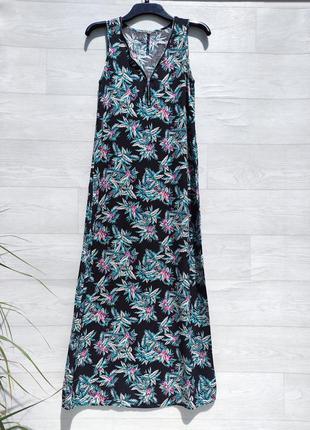 Длинное чёрное разноцветное в цветочный принт платье chicoree