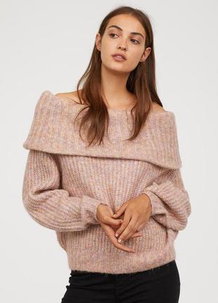 Теплый вязаный свитер пудра от  h&m под джинсы мом