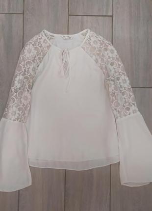 Трендовая блуза с широкими рукавчиками  от miss selfridge 🔝💙