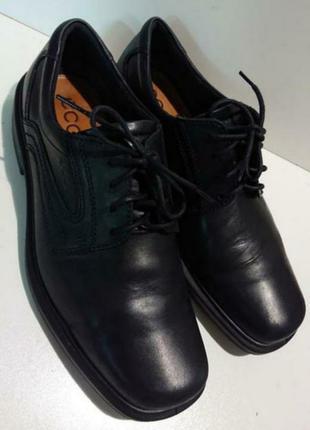 Кожаные мужские фирменные туфли ecco оригинал португалия.