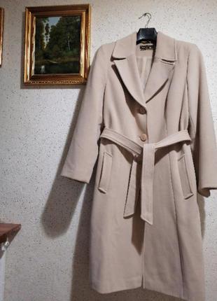 Женское осеннее демисезонное пальто светлок
