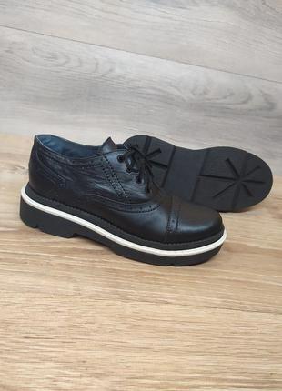 Шкіряні туфлі 36 розмір / женские кожаные туфли