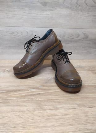 Шкіряні туфлі 40 розмір / женские кожаные туфли