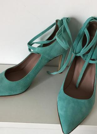 Ексклюзивні туфлі alberto la torre, красивого емералдового кольору, куплені в італії