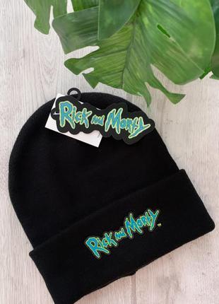Стильная новая  шапка rick & morty