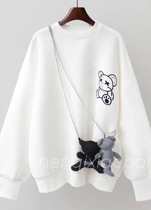 Свитшот белый женский с съёмными мишками с цепями цепочками