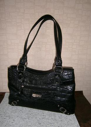 Повседневная сумка из натуральной кожи с длинными ручками. италия.