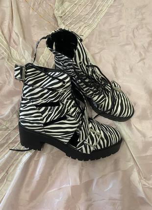 Новые ботинки asos