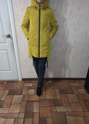 Теплая демисезонная осенняя зимняя куртка пальто s