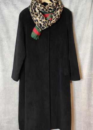 Rodel, шикарне італійське пальто, pure virgin wool .