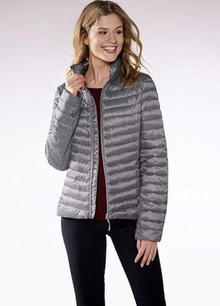 Демисезонная стеганная женская куртка esmara.