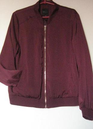 Легкая курточка бомбер бордо