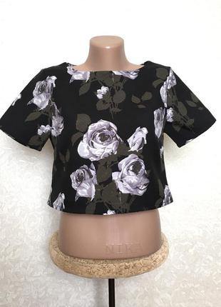 Красивая плотная блуза розы