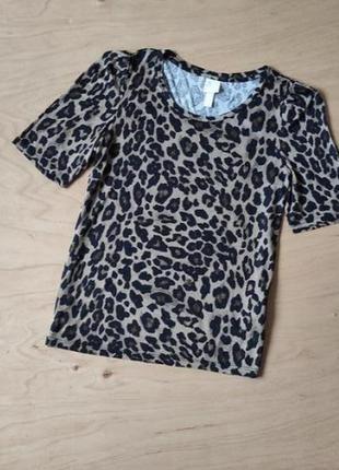 Леопардовая футболка