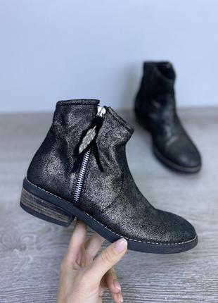 Эксклюзивные ботиночки. качественная натуральная замша. repinc.