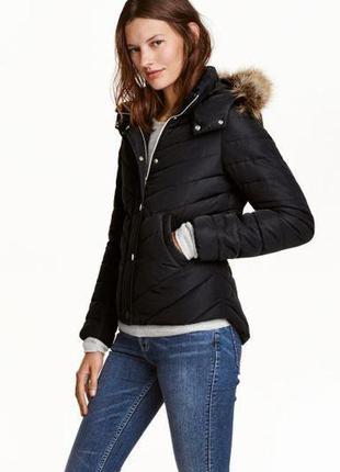 Слегка утепленная куртка из плотной ткани