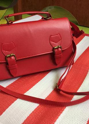 Бомбезная красная сумка сумочка портфель  must have кроссбоди
