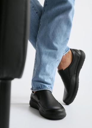 Кожаные мужские мокасины черного цвета vm-4556-01