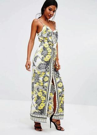 Красивейшее белое платье с цветочным принтом в стиле бохо
