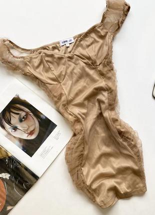 Красивое короткое платье с вставками сетка л 12