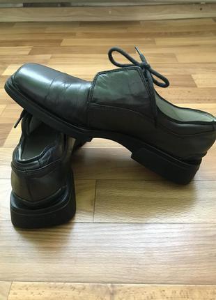 Туфли на массивной подошве,кожа,24,5 см