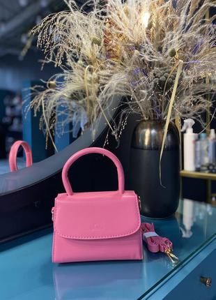 Маленькая сумочка в розовом цвете 💞