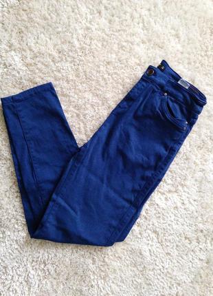 Штаны синие джинсы обтягивающие с высокой талией новые reserved