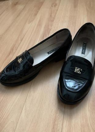 Туфли лаковые basconi