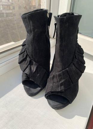 Туфли,босоножки женские new look!