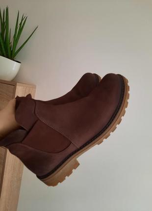 Качественные ботинки натуральный нубук