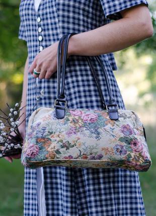 Сумка жаккардовач розы цветы вышивка под винтаж чемоданчик