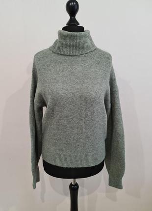 Тёплый свитер под горло гольф h&m