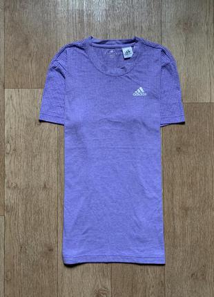 Крутая спортивная футболка adidas climacool