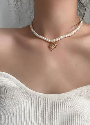 Жемчужное ожерелье чокер с подвеской