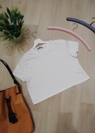 Белая футболка топ оверсайз